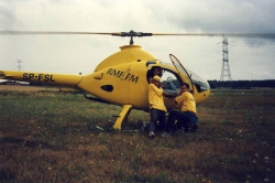 M. Rusinek, M. Kubik, K. Wolska i helikopter RMF FM