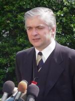 Szef dyplomacji Włodzimierz Cimoszewicz w Waszyngtonie