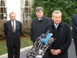 Prezydent Aleksander Kwaśniewski podczas jednej ze swoich licznych wizyt w Białym Domu