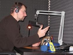 Adam Górczewski w berlińskim oddziale RMF FM
